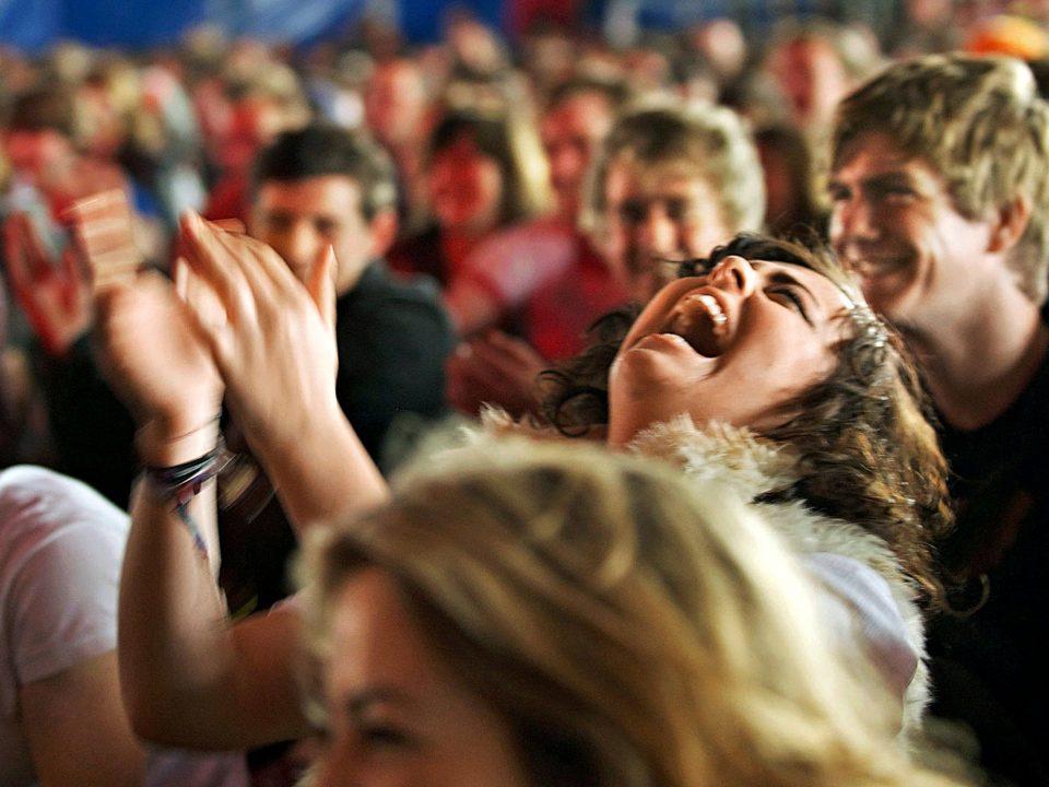 parlare in pubblico efficacemente usando l'umorismo